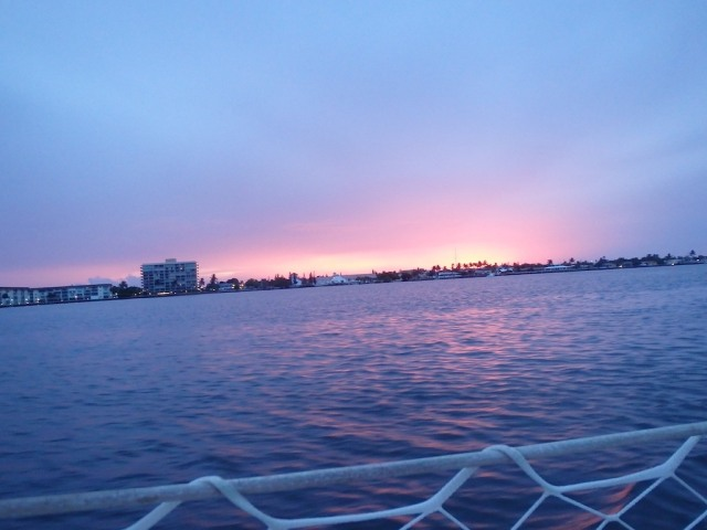 Our last Florida sunset... I totally missed it. Good on Jam for snapping the pic!